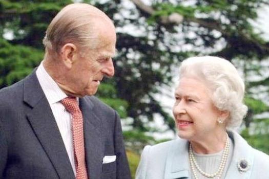 बेलायती महारानीका पति राजकुमार फिलिपको निधन