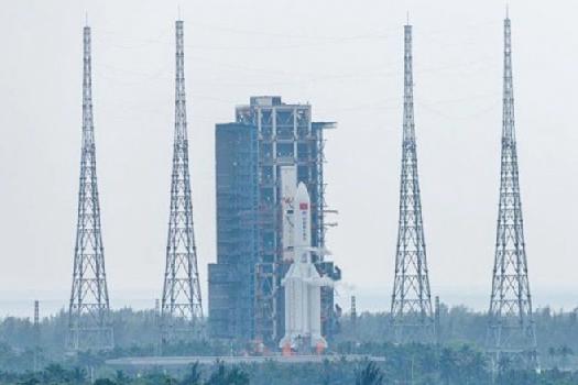 अन्तरिक्षमा स्थायी स्टेशन बनाउँदै चीन, नयाँ यान प्रक्षेपण